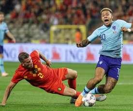 Bélgica y Holanda empataron a un gol. EFE