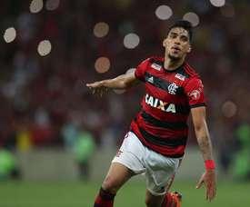 Flamengo sumó una victoria importante para sus aspiraciones. EFE
