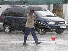 La Federación ha decidido tomar esta decisión por la previsión de lluvias extremas. EFE