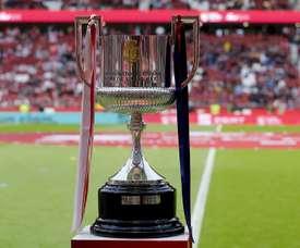 16 équipes lutteront pour une Coupe. EFE