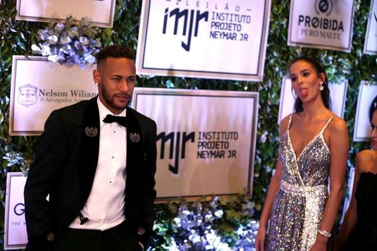 Bruna Marquezine and Neymar put an end to their ... Neymar And Bruna Marquezine Broke Up