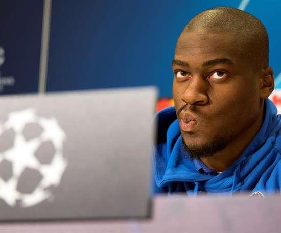 L'UEFA a alourdi la sanction à Kondogbia. EFE