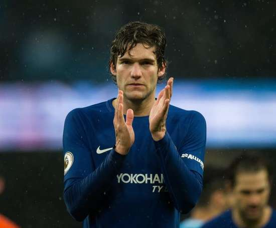 Marcos Alonso wants to go to Atletico and Chelsea know it. EFE