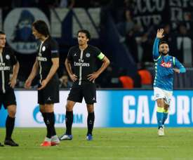 Il Napoli aggancia il Liverpool in vetta alla classifica del girone C. AFP