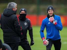 Strachan feels De Gea deserves the opportunity to choose his next club. EFE