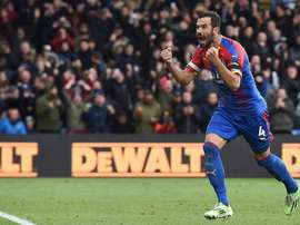 Luka Milivojevic hopes that his team return to form quickly. EFE/EPA