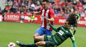 El Sporting sorprendió al Eibar. EFE