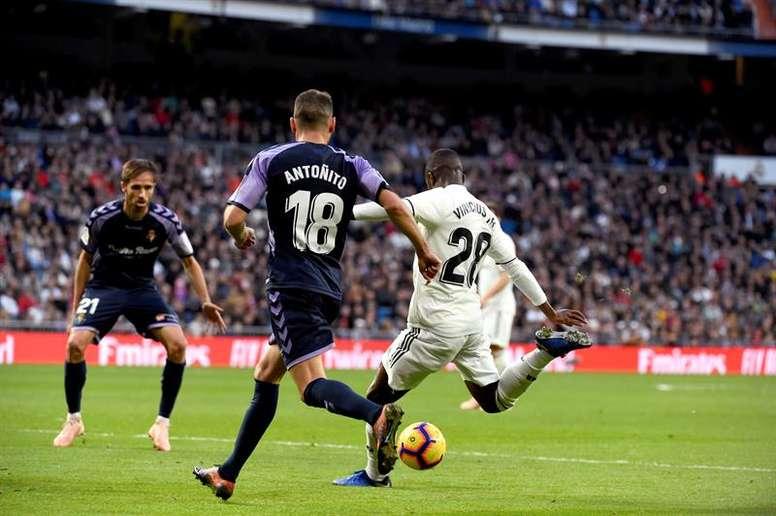 El Bernabéu llegará en buen momento para Valladolid y Madrid. EFE