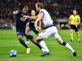 Dumfries sur les tablettes de l'AC Milan. EFE