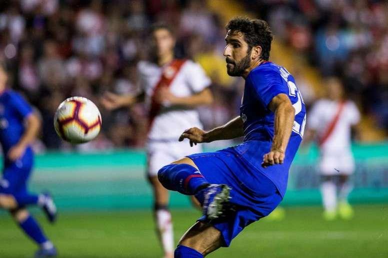Raúl García sufre una entorsis en su rodilla izquierda. EFE