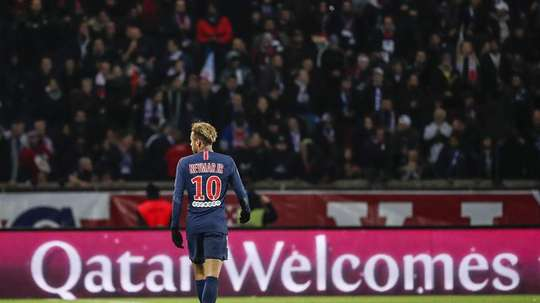 Figo pense qu'un transfert de Neymar au Real est possible. EFE