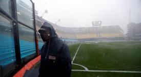 La final de la Libertadores tuvo que ser suspendida por la lluvia. EFE