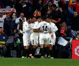 El fútbol y las fallas, dos identidades en Valencia. EFE
