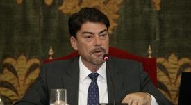 Luis Barcala, dolido por la actual situación del Hércules. EFE