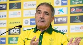 Paco Herrera, satisfecho con el triunfo ante el Sporting. EFE