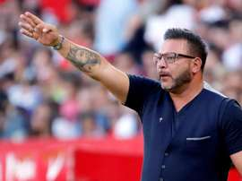 Antonio Mohamed knows what he has to do to get his team a win. EFE