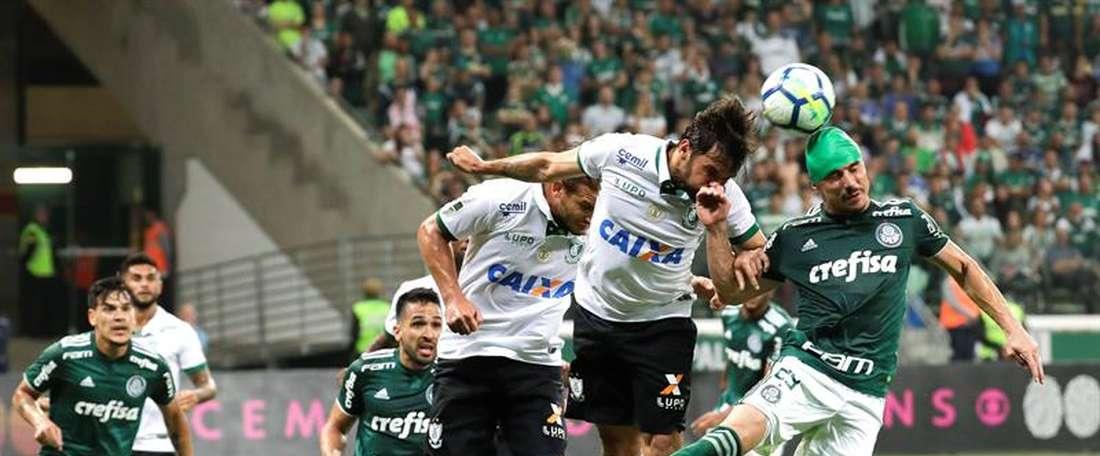 América Mineiro sufre para pasar a 'semis' del Mineirao. EFE