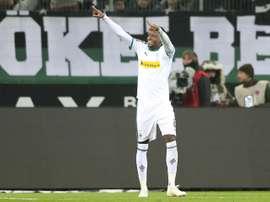 Chelsea surveille Denis Zakaria. EFE
