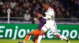 O defesa do Lyon confessa encarar o Barcelona de igual para igual. EFE