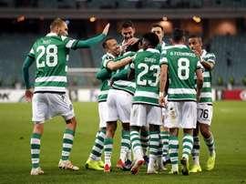 O Sporting avança com goleada. EFE