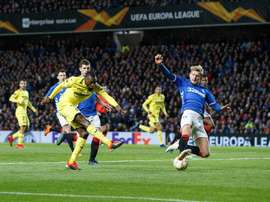 Rangers held on for a point in Glasgow to keep Europa League qualification possible. EFE