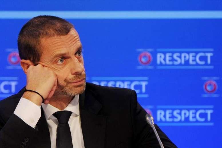 Además, el Sporting de Portugal tiene una multa. EFE