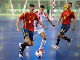 Los españoles vencieron por 3-1. EFE