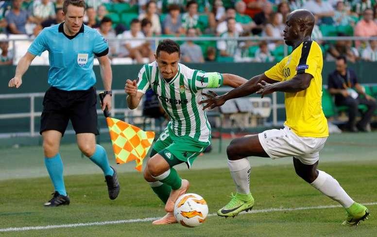 Guardado renueva con el Betis hasta 2022. EFE/Archivo