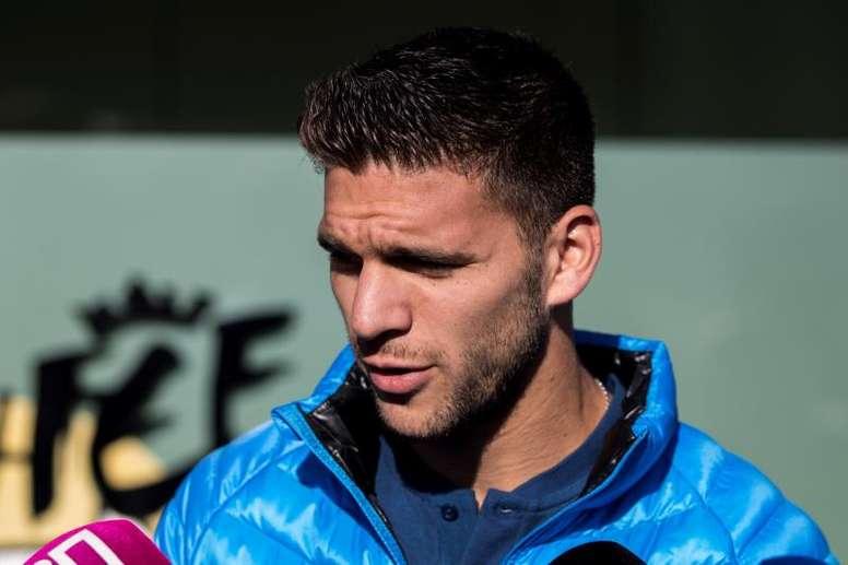 Magallán dio su opinión sobre jugar en el Bernabéu. EFE