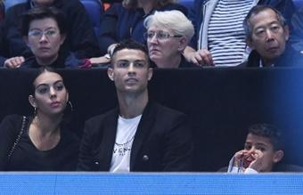 La madre de Cristiano contó cuando su hijo conoció a Messi. EFE