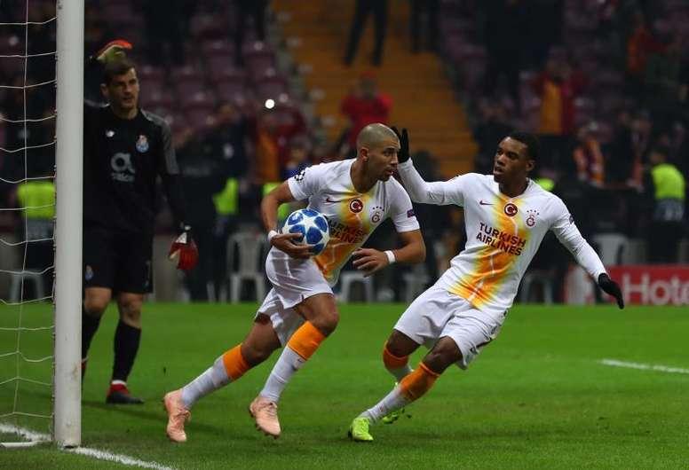 Feghouli podría volver a la Liga Española. EFE