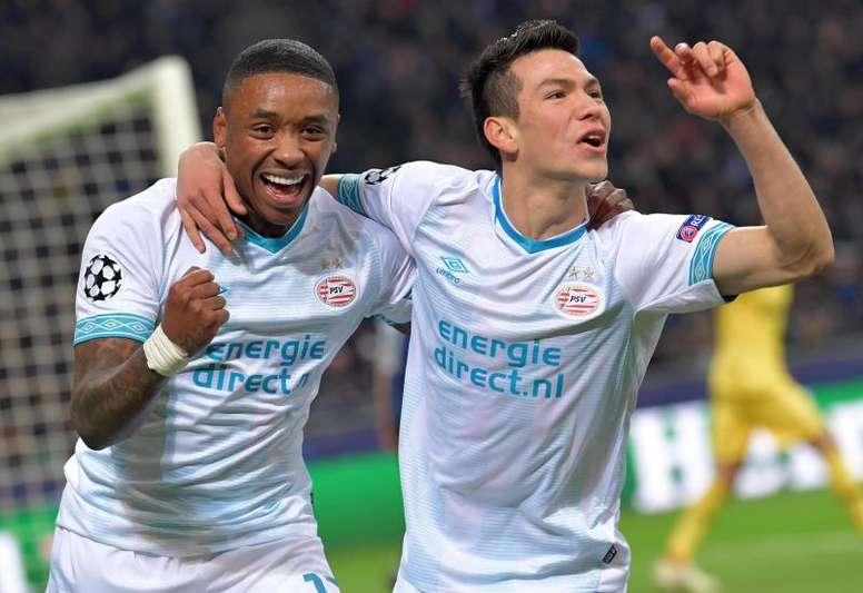 Lozano resgata o PSV na luta pelo Holandês. EFE