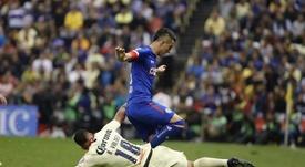 Los incidentes se produjeron en la previa del América-Cruz Azul. EFE