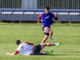La lesión de Elustondo hace que el Rayo piense en Unai López. EFE