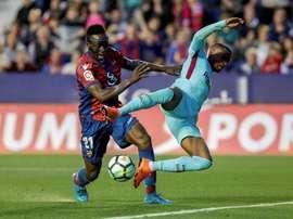 El Barça visita un campo muy complicado. EFE