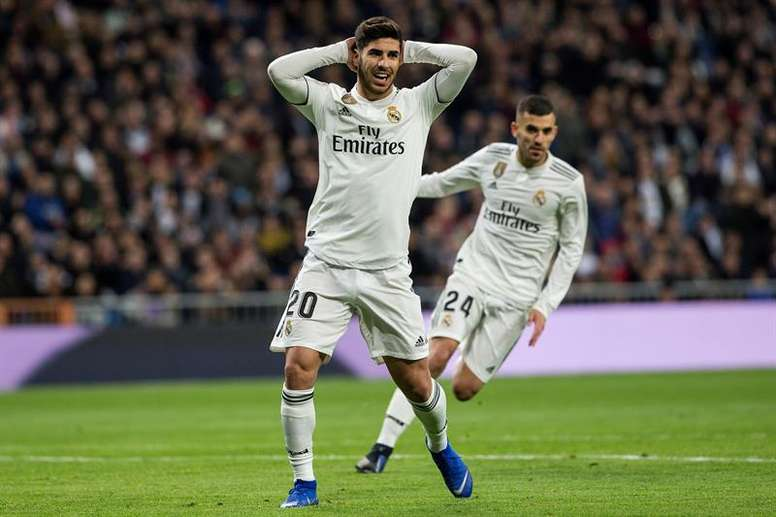 Spurs will only let Eriksen leave if they can have Asensio (l). EFE/Archivo