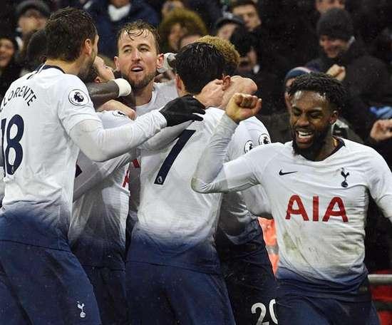 Eriksen salvó al Tottenham en el añadido. EFE