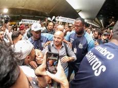 Sampaoli, recibido con honores. EFE/Rodrigo Coca/Divulgacion Santos