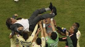 Herrera también confirmó el interés por Sambueza. EFE