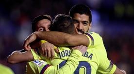 Le FC Barcelone sera premier. EFE