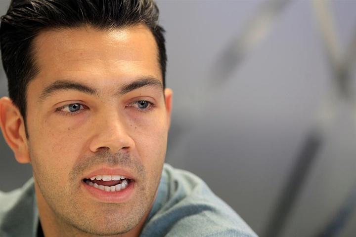 Miku mostró sus primeras impresiones del inicio liguero del Deportivo. EFE