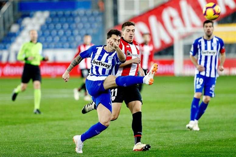 Iñigo Córdoba prefiere que juegue Messi. EFE