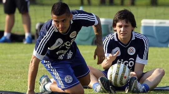 Luis Neri Caballero (I) jugará este 2019 en Deportes Tolima. EFE/Archivo