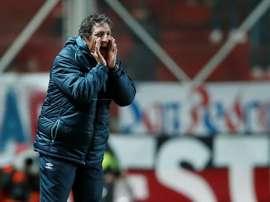 Fue presentado como nuevo técnico de Colo Colo. EFE