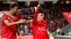 Cervi consiguió su primer gol con suspense. EFE