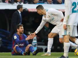 André Gomes a tranché entre Messi et CR7. EFE
