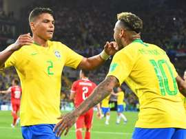 Thiago Silva wants Neymar to stay at PSG. EFE