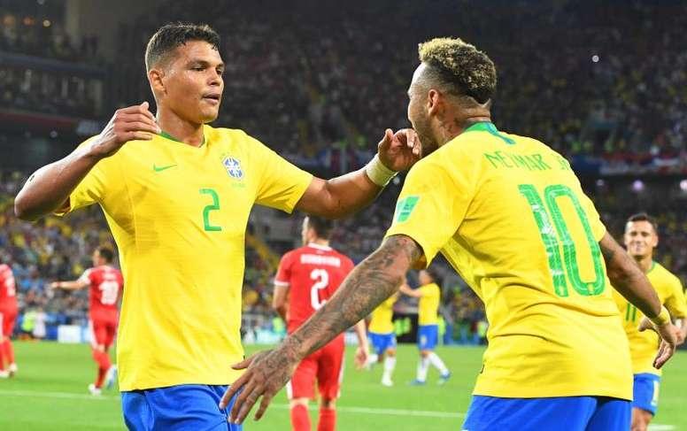 Thiago Silva wants Neymar to stay at PSG. EFE