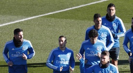 Ramos and Varane did not train with the team. EFE