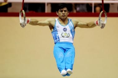 En la imagen, el gimnasta guatemalteco Jorge Vega. EFE/Archivo